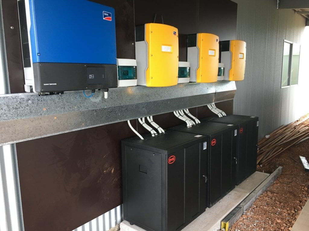 Expert Electrical setting up off-grid power